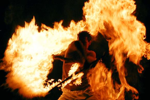 spettacolo_fuoco